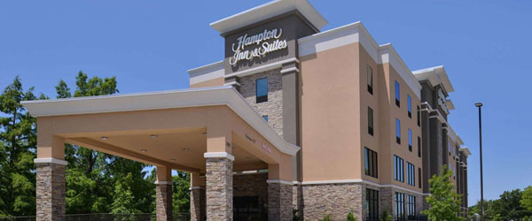 Hampton Inn and Suites Dallas Market Center Limo Service from Dallas TX