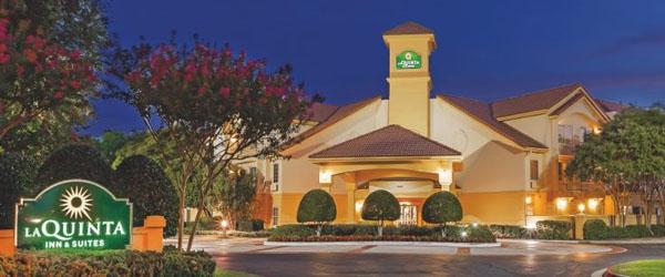 La Quinta Inn and Suites Dallas Addison Galleria Limo Service from Dallas TX