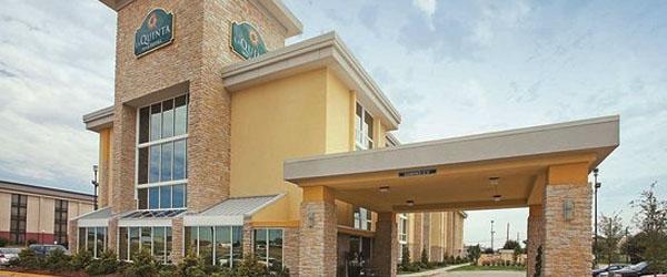 The Walnut Hotel Dallas I35 North Limo Service from Dallas TX